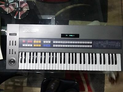 Roland jx-8p vintage analogue synthétiseur polyphonic programmable