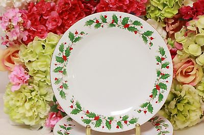 "Liling China, ""Noel"" Holly Garland Christmas Dinner Plates (8)"