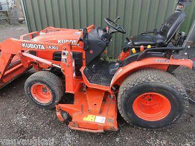 Kubota 2530 25hp Compact Tractor, Front Loader & Mid Mounted Mower