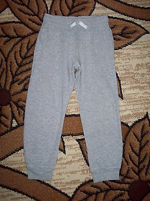 H&M Boys & Girls Jogging Bottoms Age 6-7 Years, Height 122 cm.