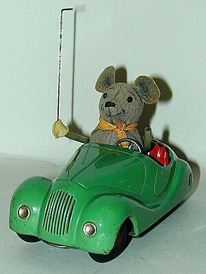 Schuco Wind-up Mouse Driving GREEN Car Sonny 2005 US Zone Germany