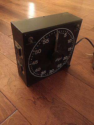 VINTAGE GRALAB Model 300 TIMER 60 MIN.  EXCELLENT CONDITION SEE PHOTOS
