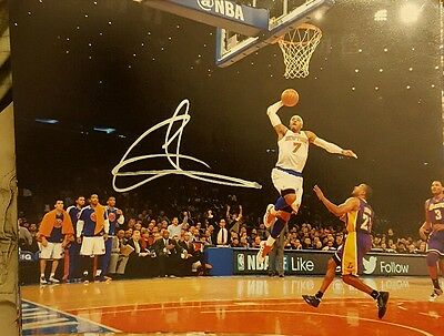 Carmelo Anthony autographed photo 8 by 10
