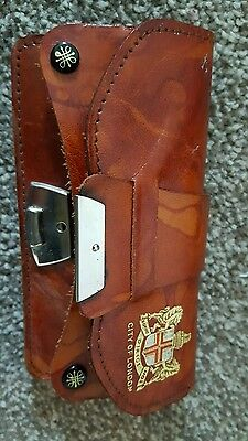 Leather purse, squire, city of London, made in England.