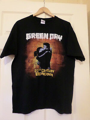 Green Day men's T shirt size L ,heavy cotton ,good condition