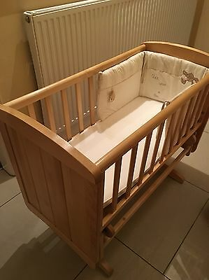 Mothercare Deluxe Glider Crib With Mattress And Bumper