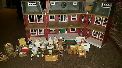 sylvanian families grand hotel  with furniture