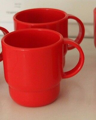 TUPPERWARE STACKABLE SET OF 2 COFFEE MUGS TEA COCOA 10 oz RED