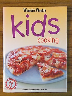 Women's Weekly Recipe Book - Kids Cooking Beginner Child