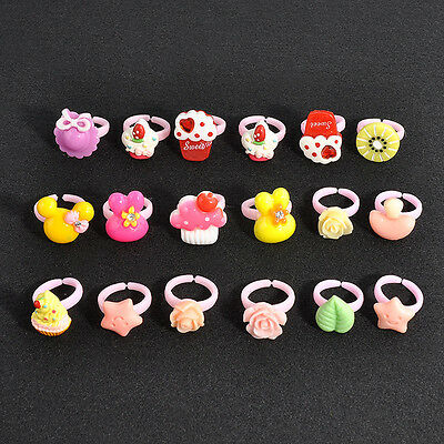 20Pcs Charm Wholesale Mixed Lots Cartoon Children/Kids Resin Lucite Rings Gift