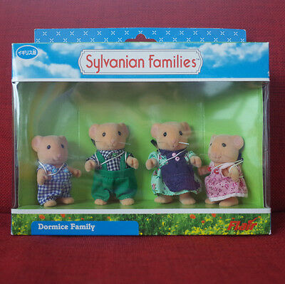 Calico Critters Sylvanian Families DORMICE FAMILY Flair Retired 4469