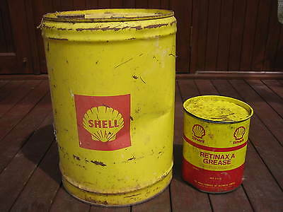 Shell Vintage 5 Imperial Gallon Tin & 2.5Kg Grease Can