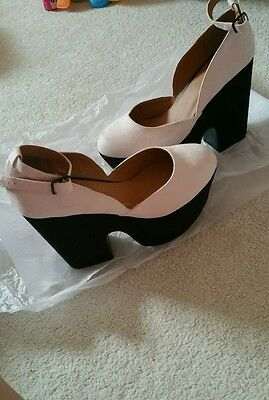 Womans high heels size 4 brand new