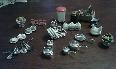 Lovely dolls house kitchen accessories mixed lot
