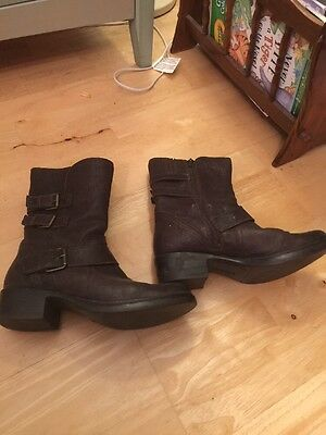 Ladies Clarks Ivory Real Leather Biker Boots Size 4.5