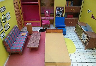 Vintage 1962 Barbie Dream House w/ Cardboard Furniture
