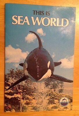 1976 This Is Sea World Booklet Shamu The Killer Whale Cover