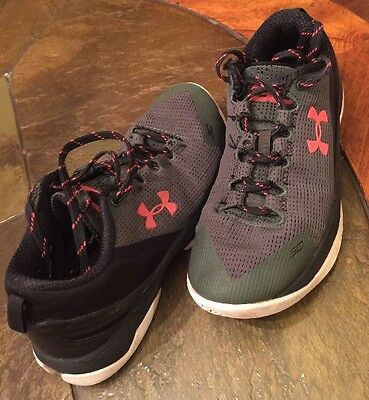 Stephen Curry Two 2 Low Hook Under Armour Youth 5Y Black/Forest-Red Used Shoes