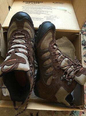 hi tec hiking boots