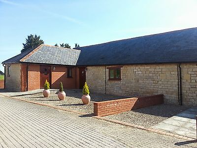 Self Catering Cottage, Dorset Holiday, Short Break - Fishing on site. Sleeps 2.
