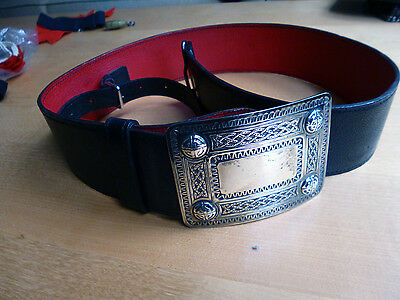 Kilt belt, black leather with a silver Celtic knot buckle