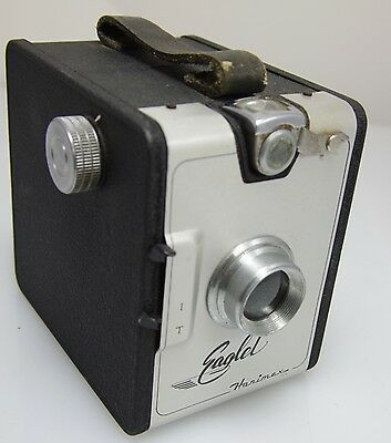 VINTAGE HANIMEX EAGLET BOX FILM CAMERA 1950's MADE IN  ITALY IN GREAT CONDITION