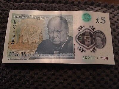 AK22 New £5 Note