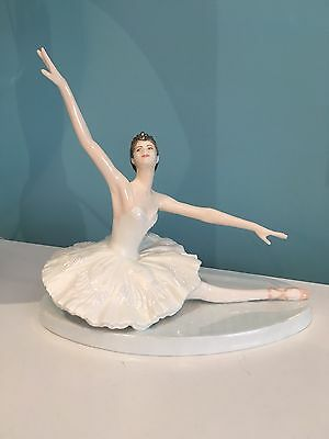 Coalport Limited Edition, Darcy Bussell. Odette The White Swan.