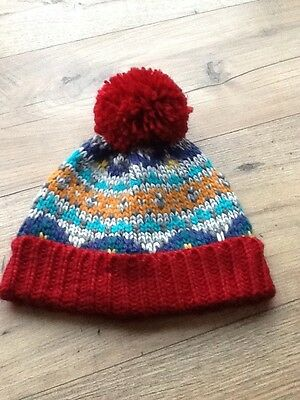 Boys Brand New Next Bobble Hat In Age 5-6 Years