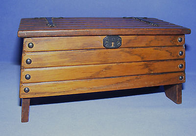 Vintage Tallent Oak Plank  Chest /coffer With Reuge Swiss Musical Movement