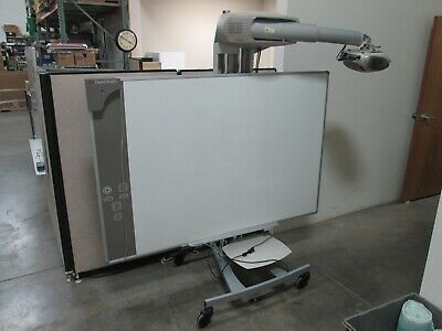 3M Projector (SCP712) and Digital Board (DB578), *Presentation Pen Not Included*