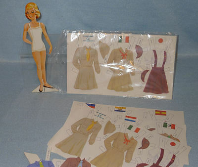 Set of Vintage GIRL SCOUTS of the World PAPER DOLLS, UNCUT Set & Extras,Cutouts