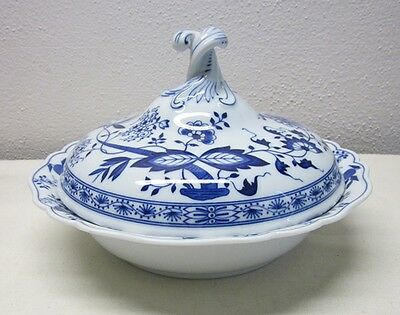 Hutschenreuther      Blue Onion      Covered Serving Bowl