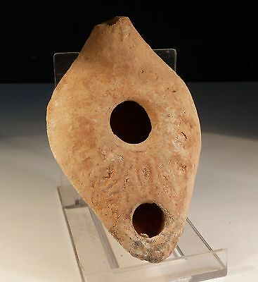 Ancient Roman Holyland Pottery Oil Lamp 2/3Rd Ad