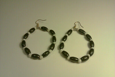 African traditional Maasai / Masai hand made earrings white and black