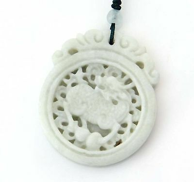Pendentif collair de jade chinoise Amulette KYLIN