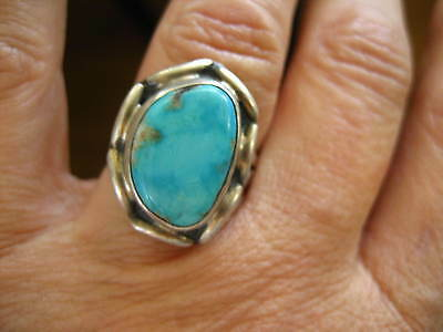 VINTAGE STERLING SILVER TURQUOISE RING sz 7.5