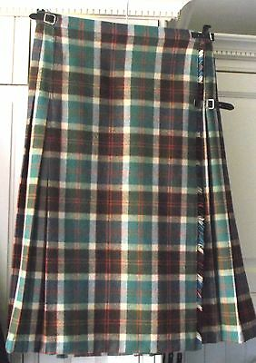 """All Wool Kilt - By Laird Porch - Size 30/32"""" Waist - 28"""" Long"""