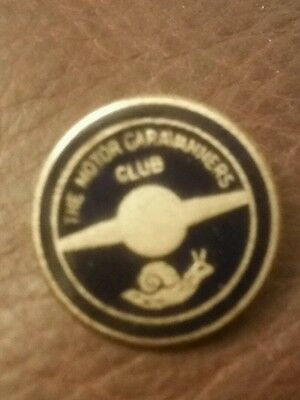 VINTAGE motor caravanners club  Enamel  Badge