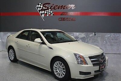 2010 Cadillac CTS  white,