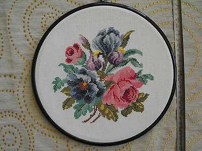 vintage hand-embroidered round wall hanging Flowers