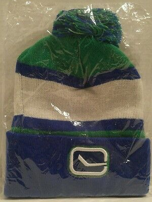 VANCOUVER CANUCKS TUQUE/BOBBLE HAT/BEANIE hockey BEER blue BUDWEISER green NEW