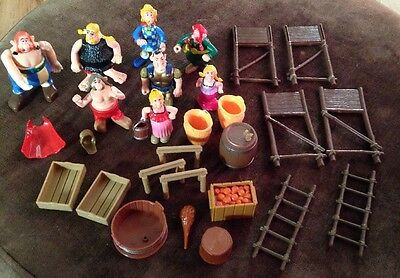 Asterix Toy Figures and Part Playset - 1980  rare  vintage