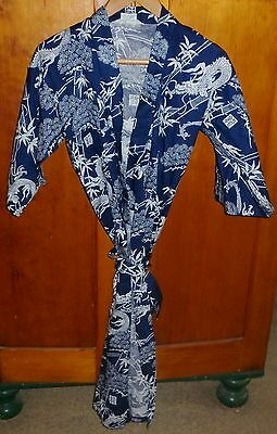 Vintage Japanese Classic Cotton Print Robe In Excellent Condition