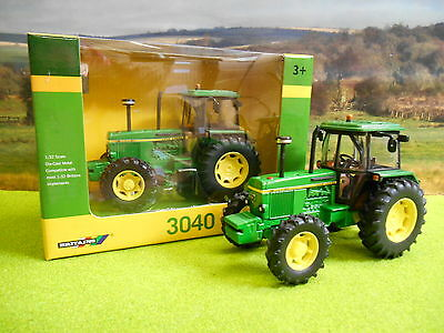 Britains John Deere 3040 4Wd Tractor 1/32 43020 New & Boxed
