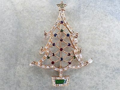 Signed AVON 2005 2nd Annual Christmas Tree Brooch figural AB565