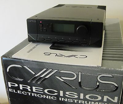 Cyrus Fm7 Tuner In  Excellent Condition With Instructions & Original Box