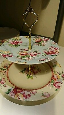 Beautiful vintage style 2 tier cake stand boxed