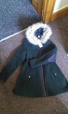 Bnwt Brand new girl coat 8-9