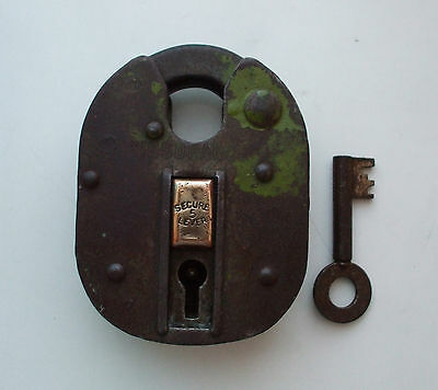 "VINTAGE OLD "" INSURANCE "" SECURE 5 LEVER PADLOCK  MADE IN ENGLAND PAT No 617582"